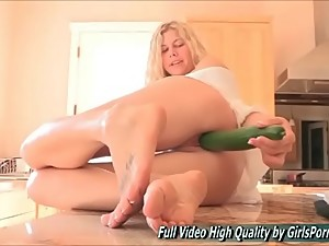 Lila sex blonde solo table cucumber deep